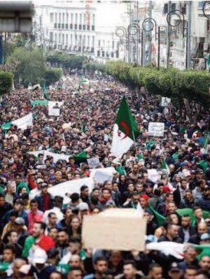 """La victoire du peuple algérien, """" confisquée par un coup de force pour sauver le système """""""