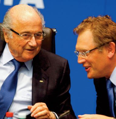 Sepp Blatter et Jérôme Valcke suspendus six ans de plus