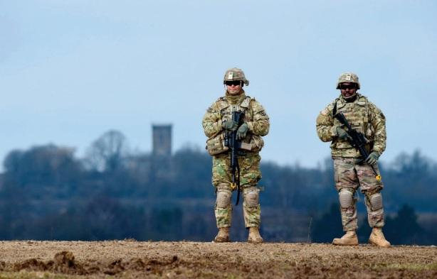 Les USA vont déployer 500 soldats supplémentaires en Allemagne