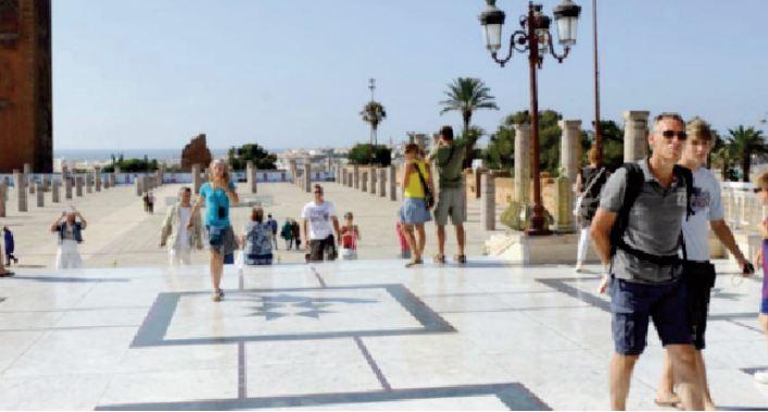 Quatre mesures pour sauver un secteur touristique au bord de l' asphyxie
