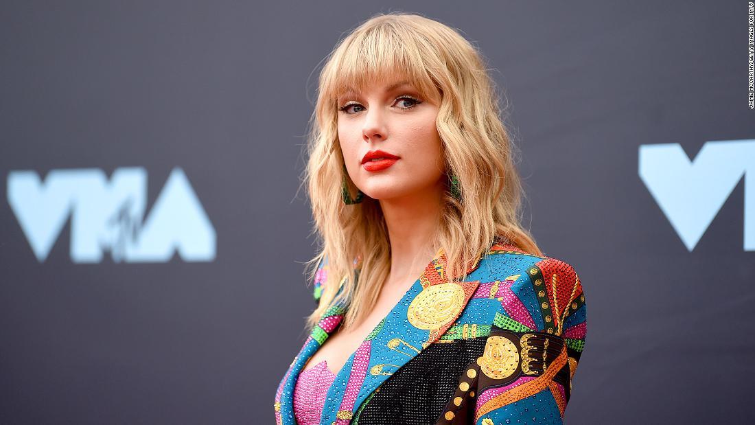 La chanteuse Taylor Swift à nouveau la cible d' un harceleur