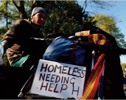 A Londres, les vendeurs du magazine des sans-abri battent à nouveau le pavé