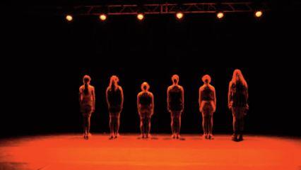 La formation théâtrale pour initier les jeunes à la pratique artistique
