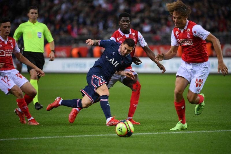 Messi, star de Paris déjà couronnée à Reims