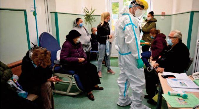 La Roumanie assommée par la quatrième vague de la pandémie