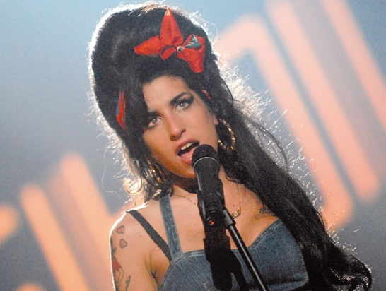 Quand Amy Winehouse chantait «Back to black» a capella