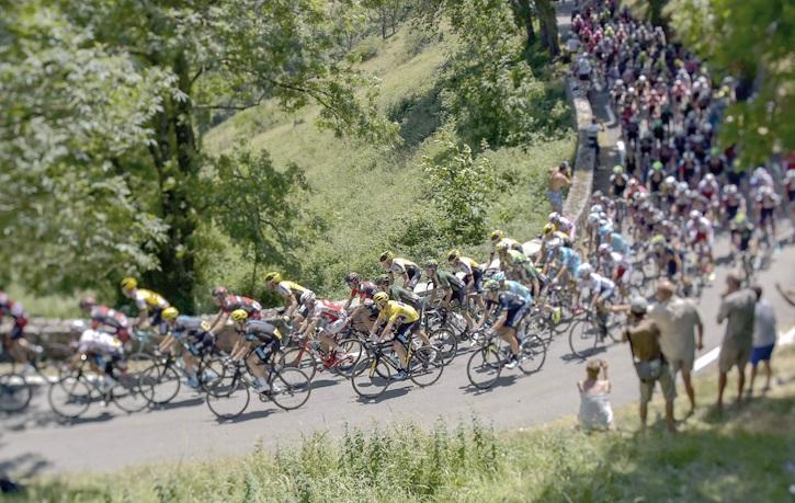Tour de France : le dopage mécanique fait tourner les pédales et les têtes
