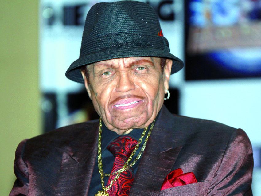 Le père de Michael et Janet Jackson victime d'un AVC