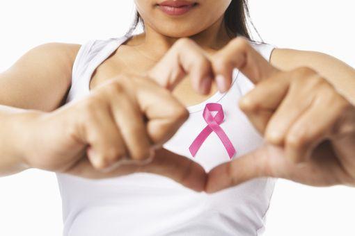 Cancer du sein: deux médicaments efficaces pour réduire les récidives