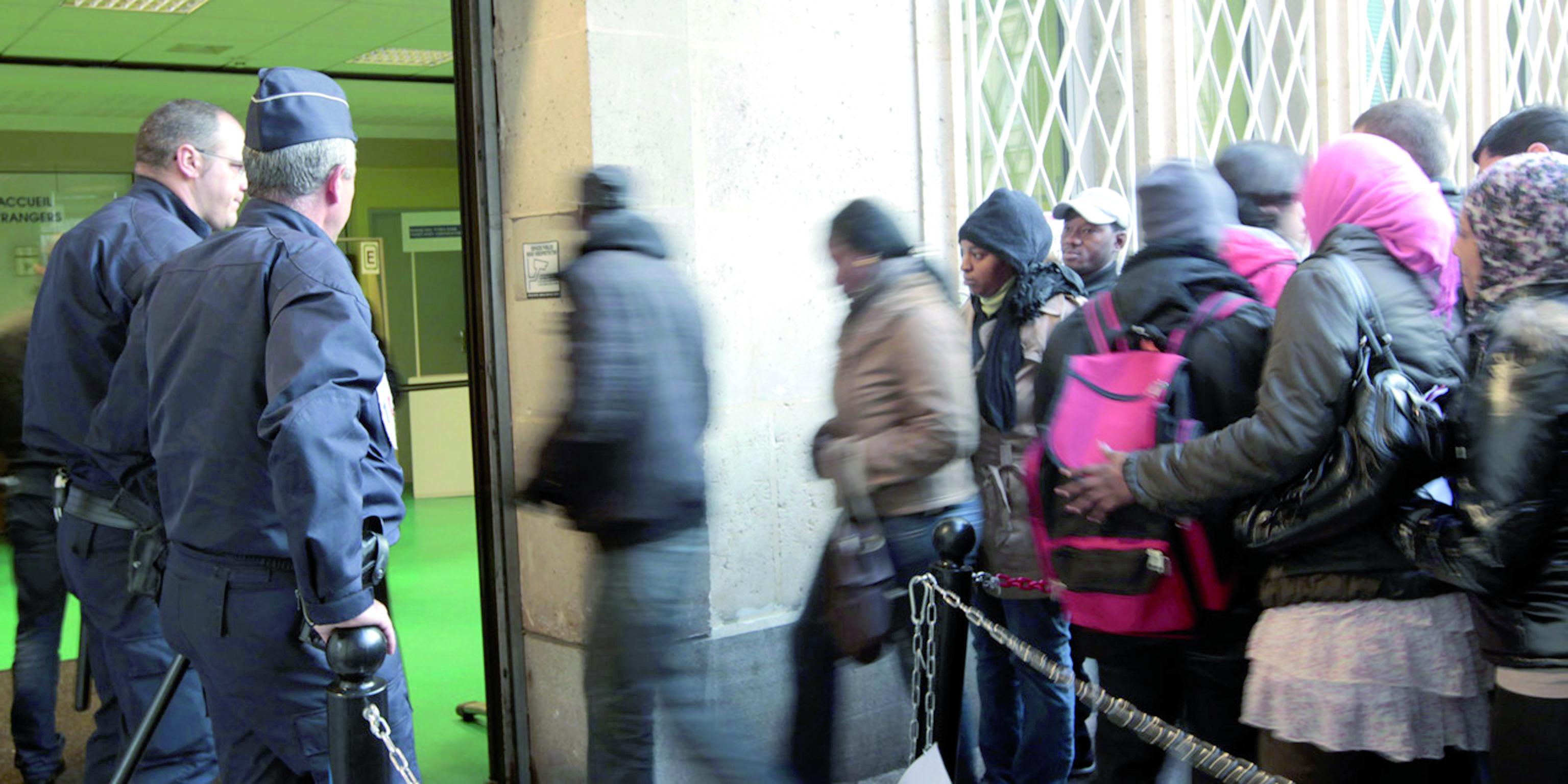 La nouvelle réforme du droit  des étrangersen France