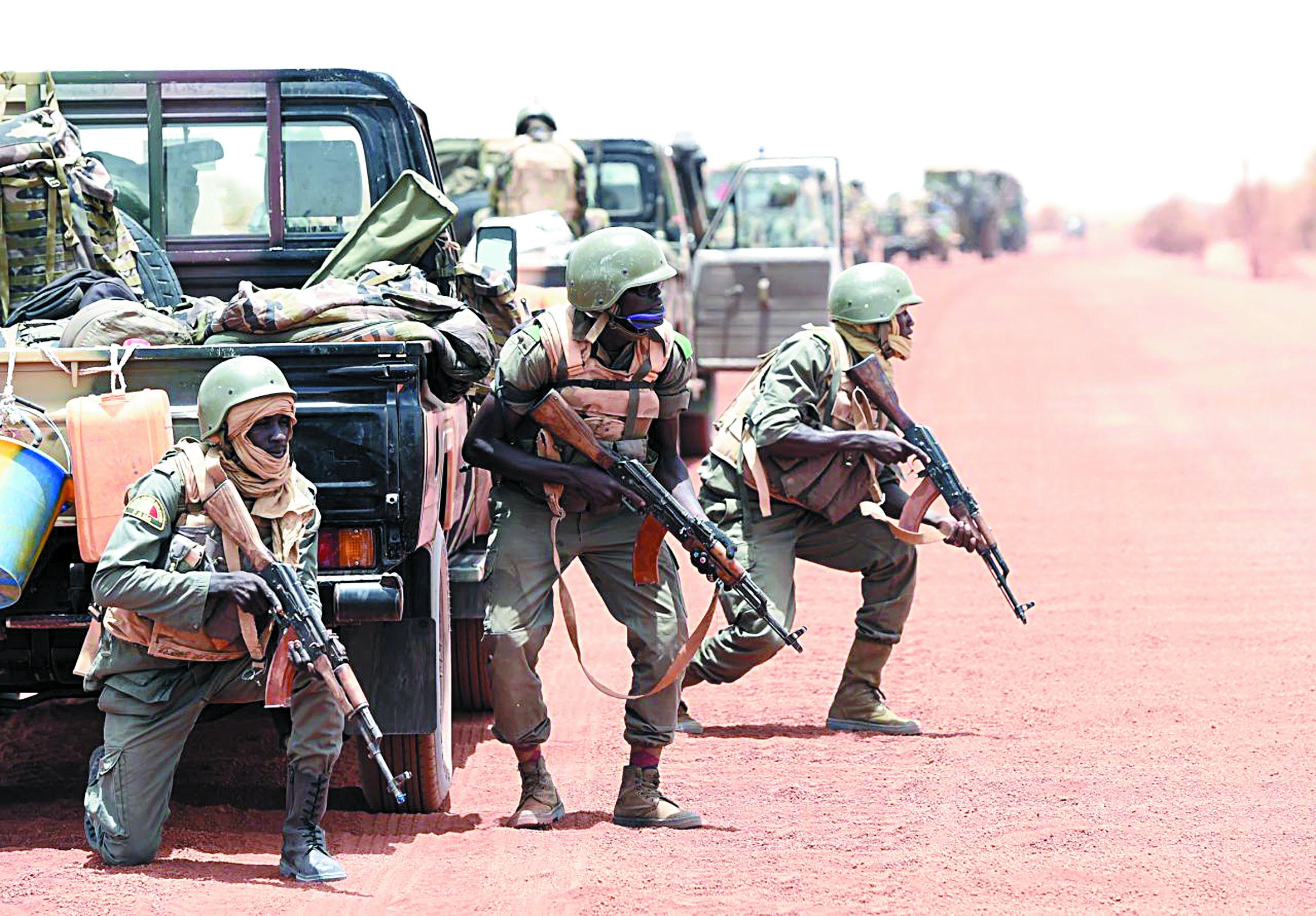 Une quinzaine de morts dans une sanglante prise d'otages au Mali