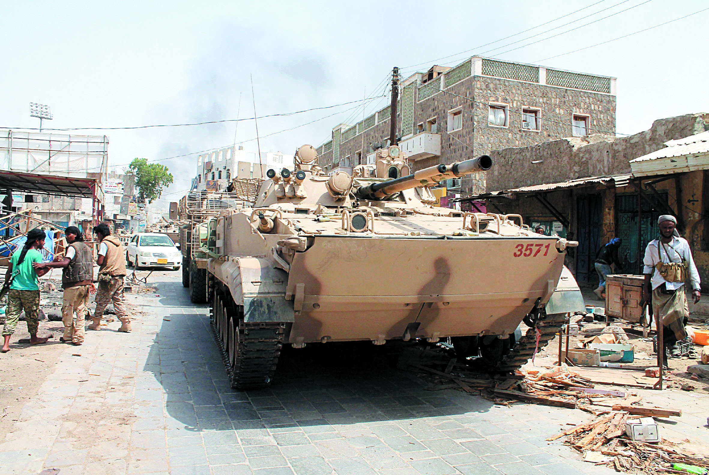 Après Aden, Zinjibar et la totalité de la province de Lahj tombent aux mains des loyalistes