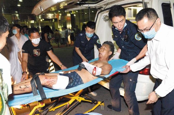 L'explosion d'un entrepôt à Tianjin en Chine fait 44 morts
