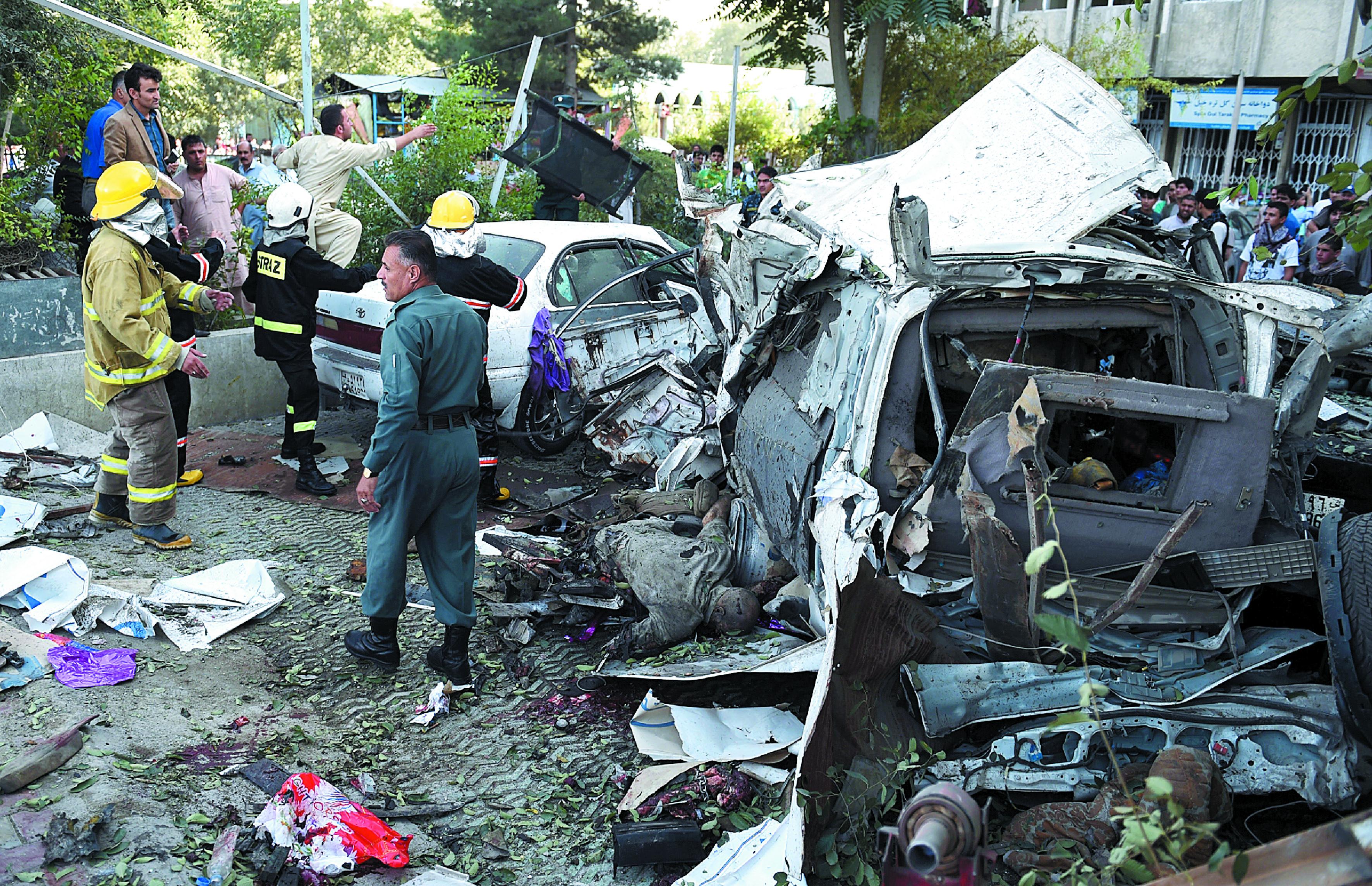 Un attentat suicide  à Kaboul fait 12 morts dont trois américains