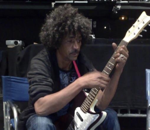 """""""Abraybone"""", le roi du rock du désert est toujours en vie"""