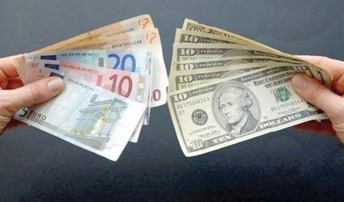 Légère hausse de l'euro face au dollar sur les marchés asiatiques