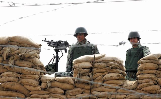Six soldats de la Force multinationale blessés par deux bombes au Sinaï