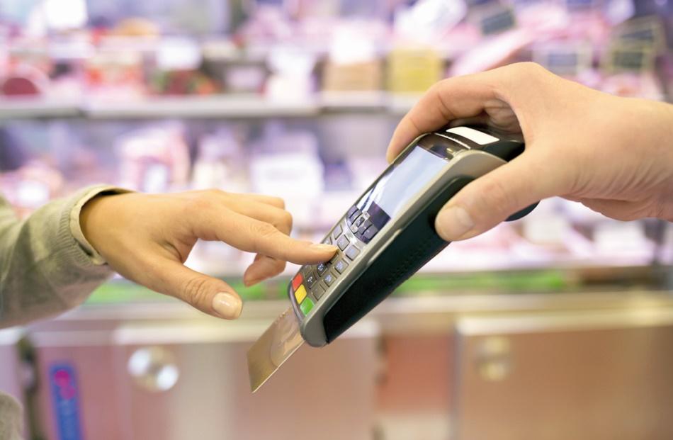 Les opérations sur TPE tiennent le haut du pavé des paiements par cartes
