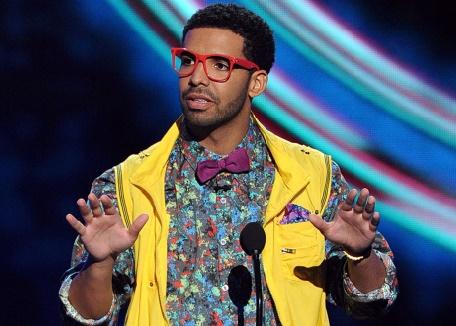 Nouvelle sortie surprise de Drake, seul artiste à avoir décroché cette année un disque de platine aux Etats-Unis