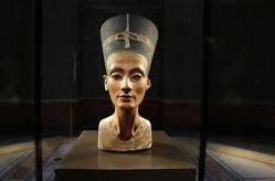 A la recherche de la tombe de Néfertiti