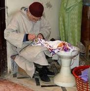 Signature d'une convention de cautionnement global en faveur des artisans couturiers