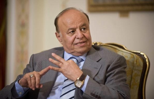 Le président yéménite rentre à Aden après six mois d'exil