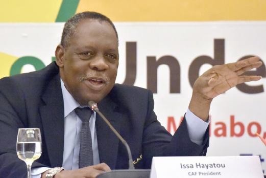Hayatou bien parti pour assurer le pompier de service à la FIFA