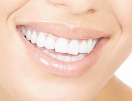 Des dents blanches grâce aux poissons