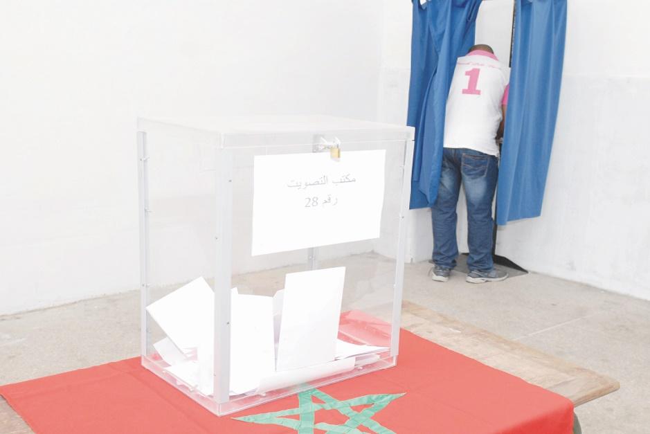 La majorité essuie un revers provincial et préfectoral après celui des régions