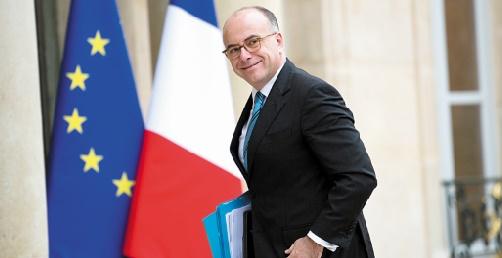 Les policiers français en disgrâce manifestent contre le gouvernement et le laxisme de l'appareil législatif