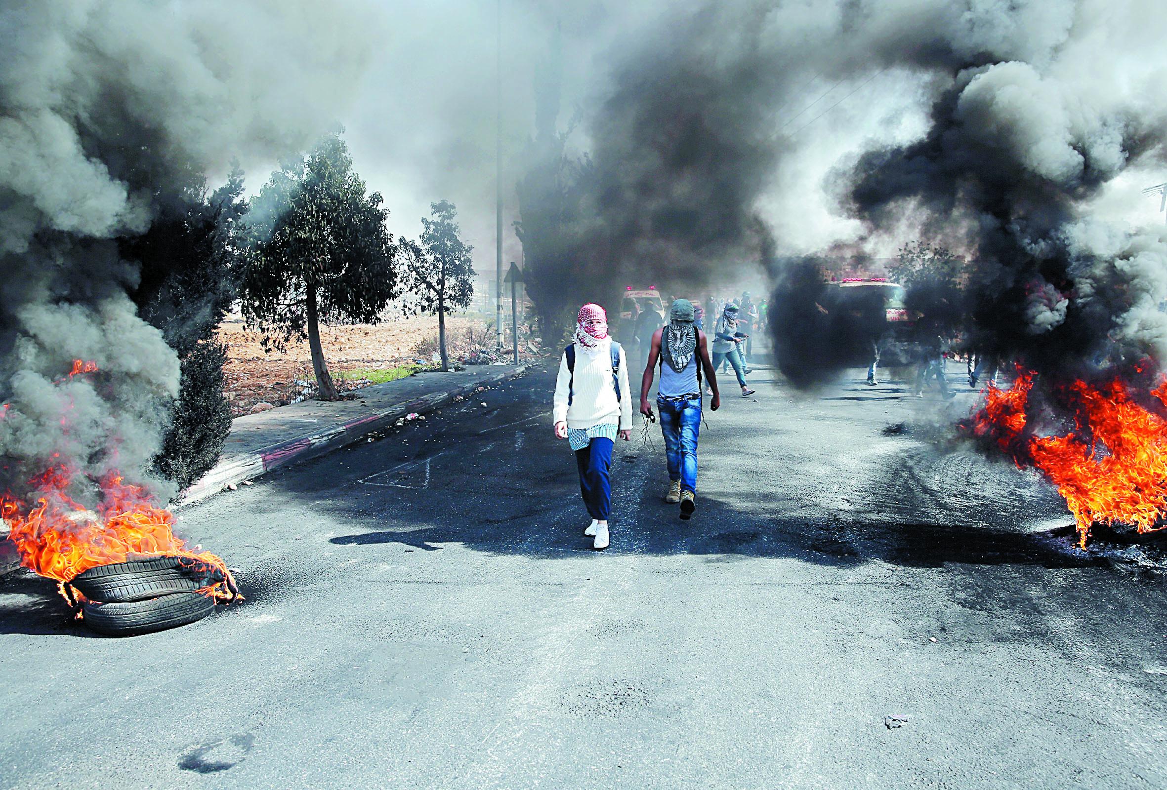 L'escalade  de violence fait  redouter une  nouvelle Intifada dans les territoires palestiniens  occupés