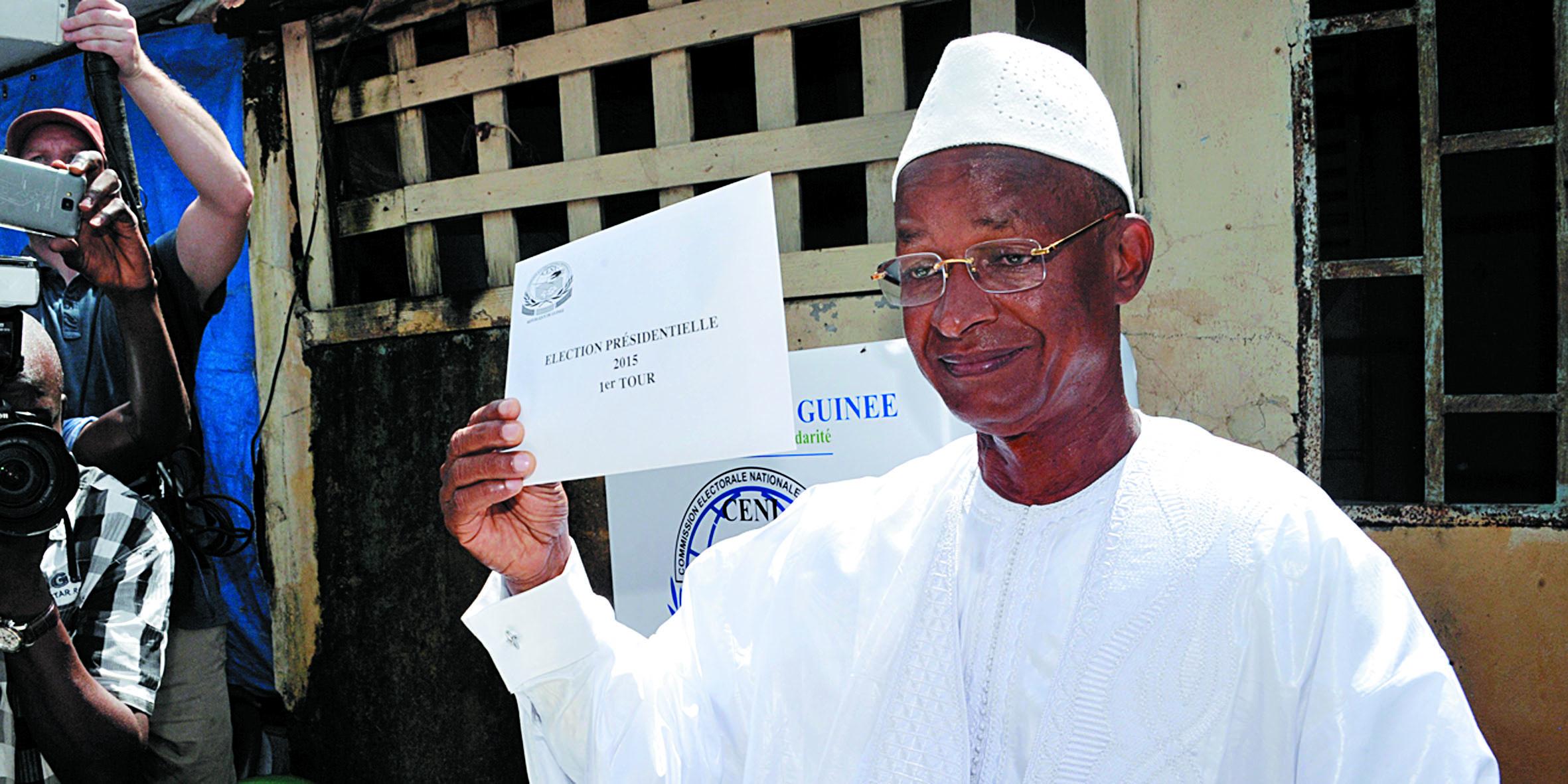 La réélection de Condé au 1er tour accueillie dans le calme en Guinée