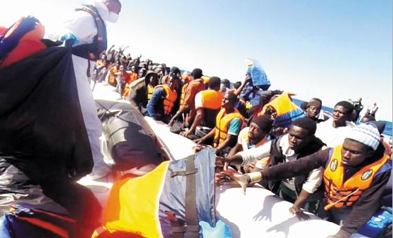Record mensuel de 218.000 arrivées via la Méditerranée en octobre