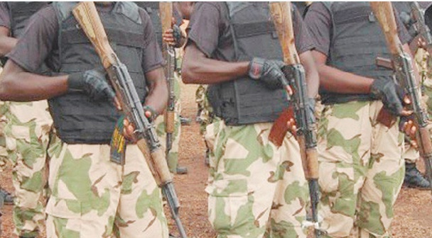 Le duo armée-politique, frein ou aide à la démocratie africaine ?