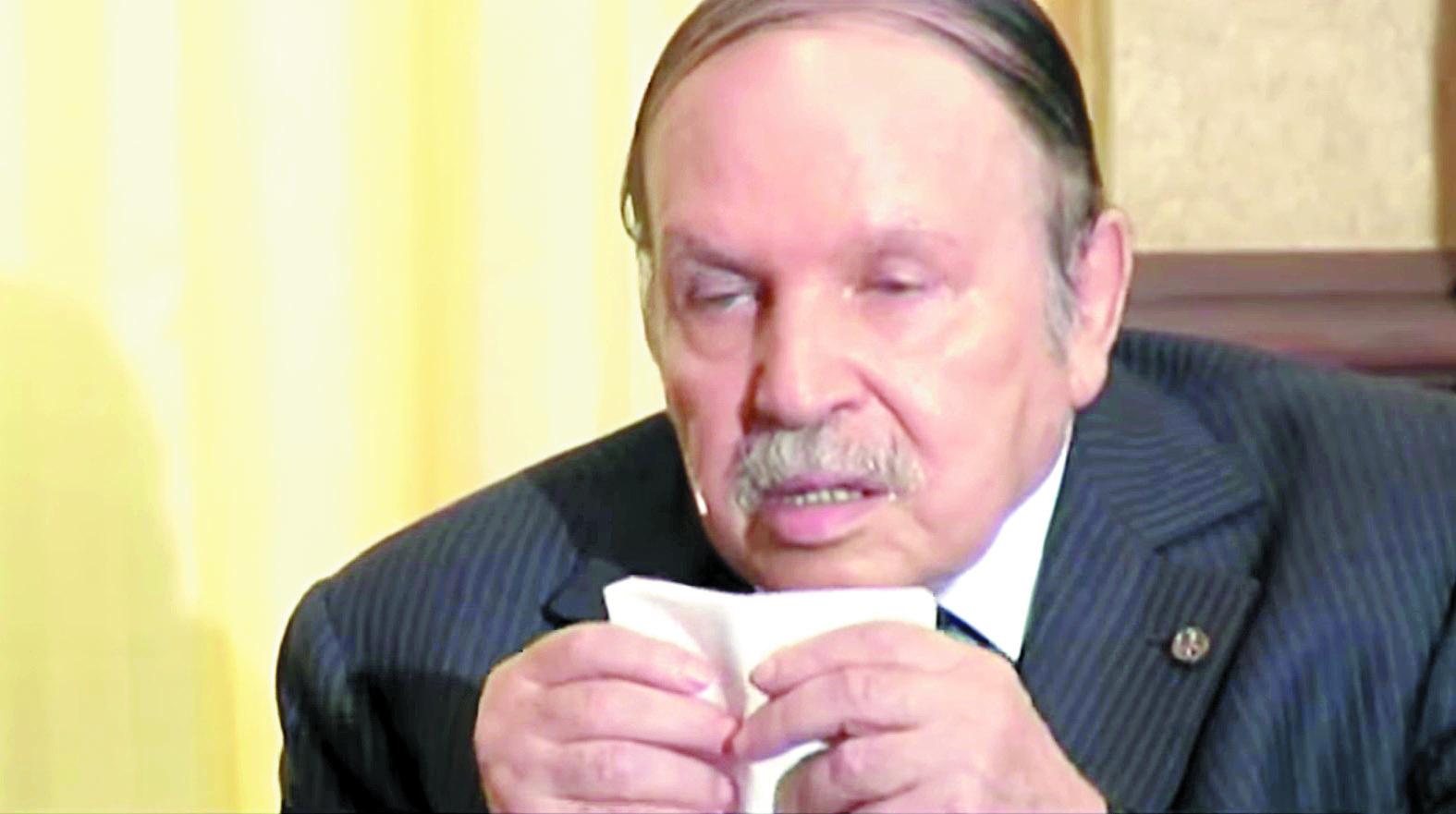Une vingtaine de personnalités algériennes  remettent publiquement en cause les capacités d'Abdelaziz Bouteflika à diriger le pays