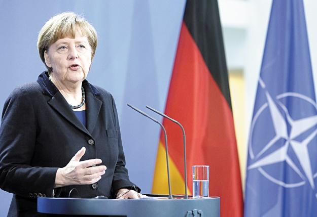 """""""La reine Merkel"""", plus que jamais incontournable en Europe"""