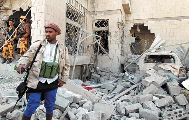 Attaques d'Al-Qaïda et combats au Yémen