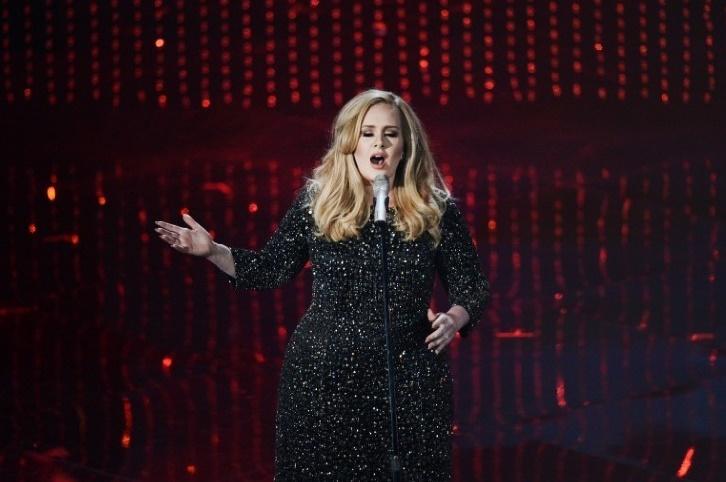 Le nouveau-né d'Adele Un brin nostalgique qui devrait affoler les compteurs