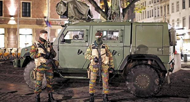 Bruxelles demeure en alerte maximale après une 4ème inculpation
