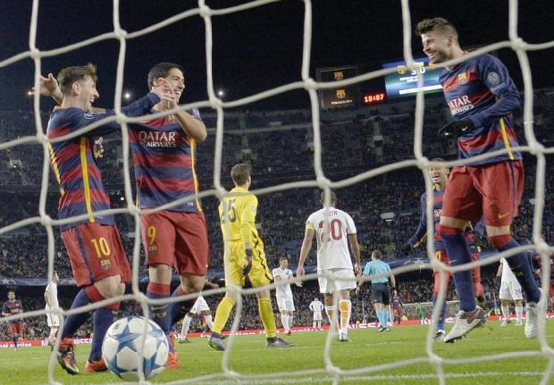 Barcelone et Bayern impériaux, espoir permis pour Arsenal