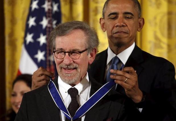 Obama honore Spielberg Le réalisateur à «l'imagination sans limites»