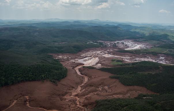 Le Brésil réclame 5mds à BHP et Vale pour la rupture du barrage
