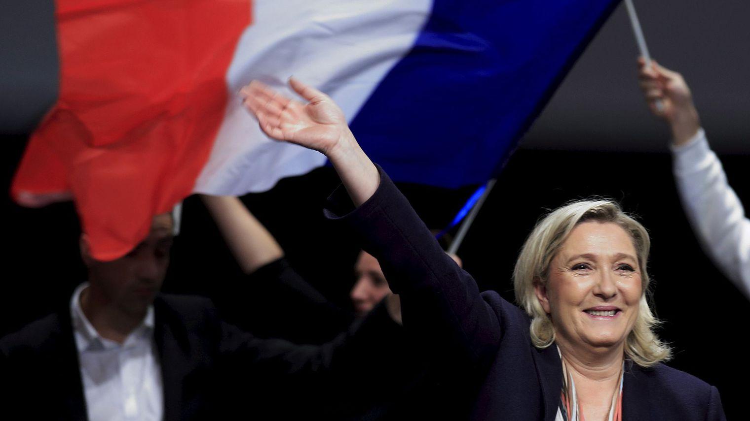Percée sans précédent du FN dans les Régionales françaises