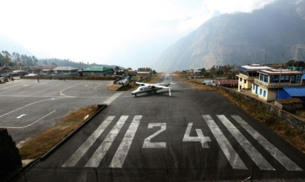 Au Népal, le séisme a mis l'aéroport le plus dangereux du monde à rude épreuve