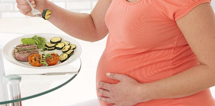 Prendre du poids entre deux grossesses augmenterait le risque de décès du bébé