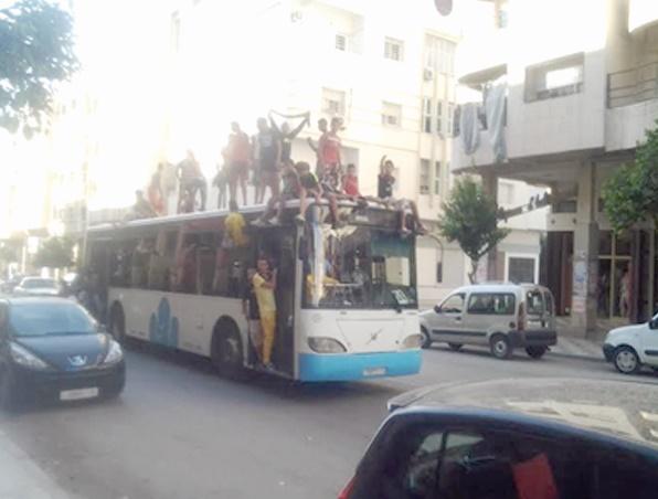 Un enfant sous les roues de City Bus à Fès