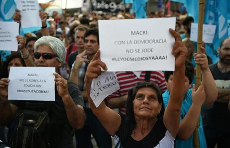 Violents affrontements près de Buenos Aires