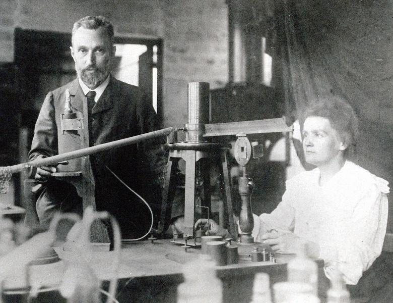 Pierre et Marie Curie.