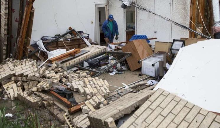 Tornades, inondations et chutes de neige font au moins 44 morts aux Etats-Unis