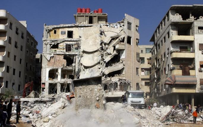Des civils et combattants évacués de trois localités syriennes